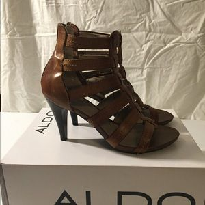 Adorable Aldo strappy heels